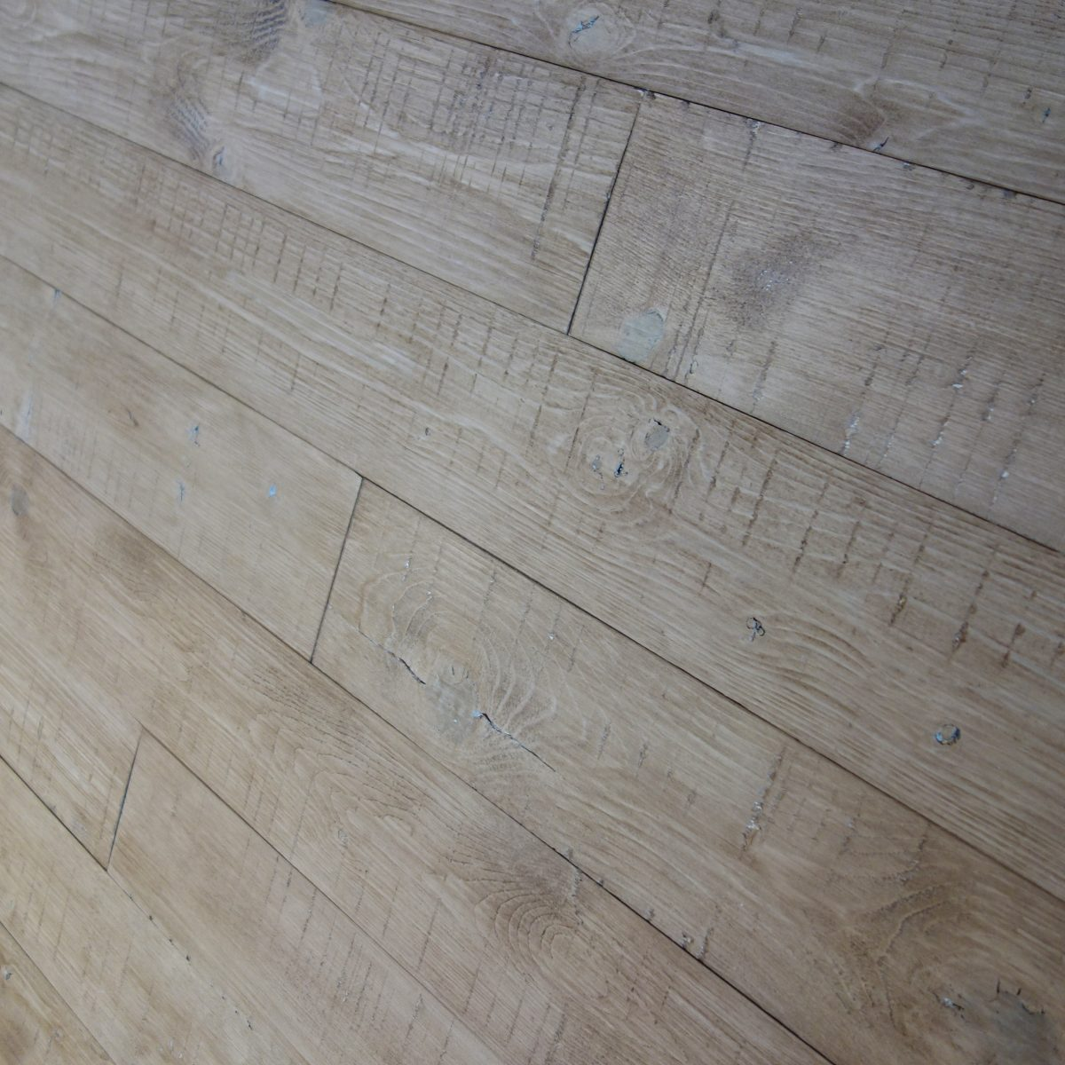 peel and stick wood-planks for walls